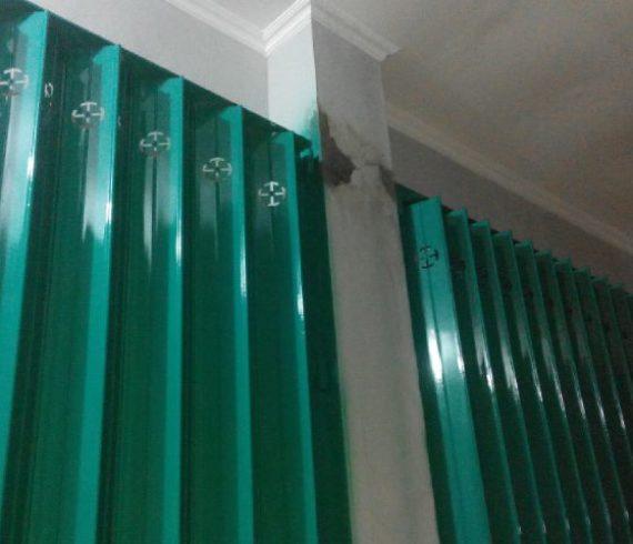 Folding gate atau pintu harmonika Surabaya