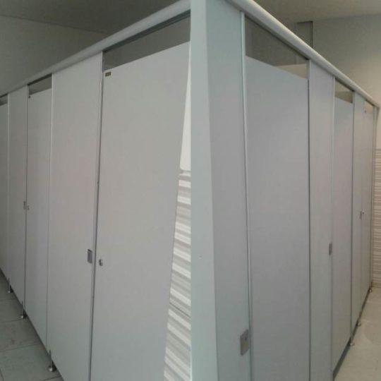 Pemasangan Toilet Cubicleresin Go Fun Bojonegoro
