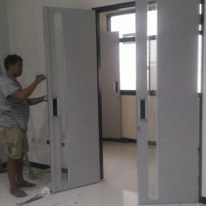 Pengerjaan Kusen Alumunium,Jendela,dan Pintu Lipat di RS Semen Gresik