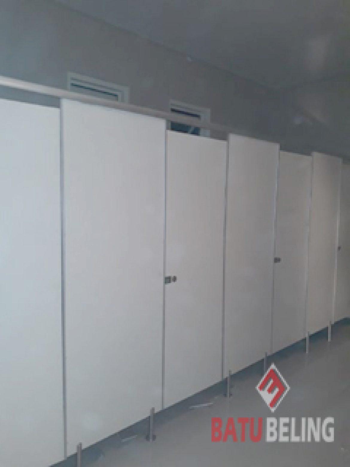 7 Unit Cubicle Toilet Phenolic Resin