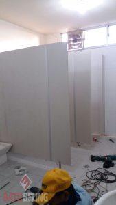 Toilet Cubicle di Proyek Lingkar Timur Surabaya