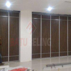 Pintu Lipat Semi Peredam di BG Junction Surabaya