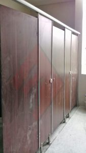 Toilet Cubicle Penolicresin Motif
